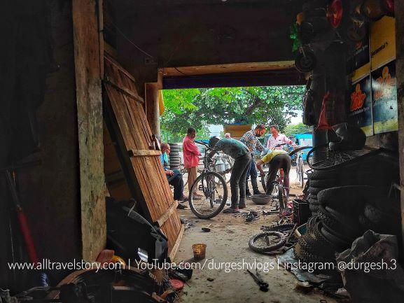 Bike Puncture Repair, A Visit to Haridwar After Lockdown